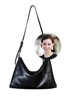 Redakteurin Kathrin ist ganz vernarrt in die Tasche von Faulhaber, die sich auf fünf verschiedene Arten tragen lässt.