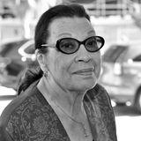 """1. Dezember 2019: Shelley Morrison (83 Jahre)  Der """"Will & Grace""""-Star Shelley Morrison ist am 1. Dezember imCedars-Sinai Medical Center in Los Angeles im Alter von 83 Jahren verstorben.Die gebürtige New Yorkerin hinterlässt ihren Ehemann Walter Dominguez, mit dem sie seit 1973 verheiratet war."""