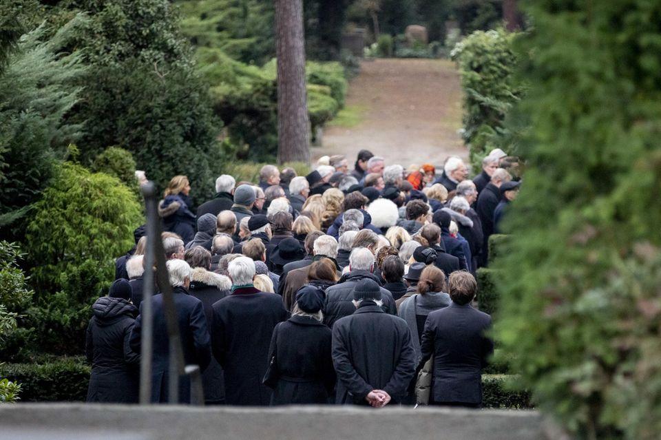 Hunderte waren gekommen, um von Fritz von Weizsäcker Abschied zu nehmen