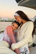 Mit guten Freunden wie Bella Hadid macht Kendall Jenner gerne mal eine kleine Bootstour vor der Küste von Miami.