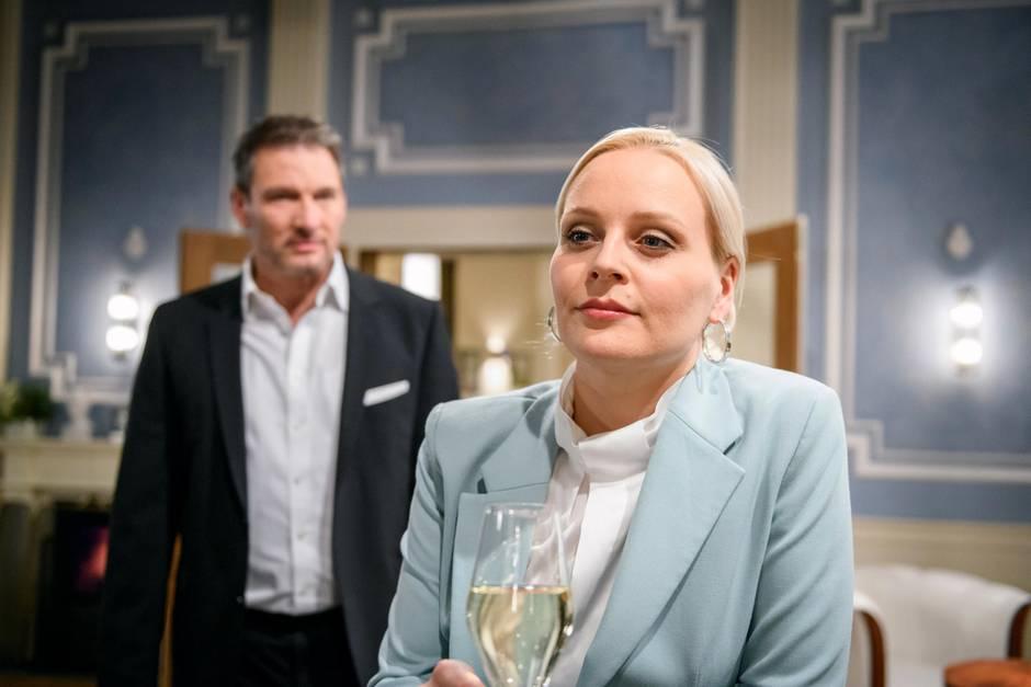 """""""Sturm der Liebe"""": Christoph (Dieter Bach) muss sich mit Annabelle (Jenny Löffler) rumschlagen."""