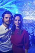5. Dezember 2019  Und mit diesem schönen Selfie bedankt sich das Prinzenpaar bei der Tim-Bergling-Stiftungfür einen unvergesslichen Abend. Grund zum Feiern, besser gesagt zum Reinfeiern hatte Sofia sowieso, die Prinzessin wirdam 6. Dezember 35 Jahre alt. Wir gratulieren ganz herzlich!