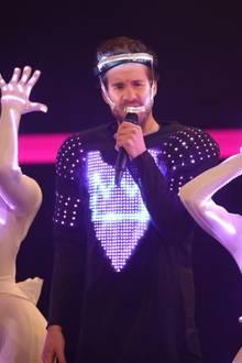 """5. Dezember 2019  Comedian Luke Mockridge führt als Moderator des """"1Live Krone""""-Awards durch den klangvollen Abend in der Jahrhunderthalle in Bochum."""