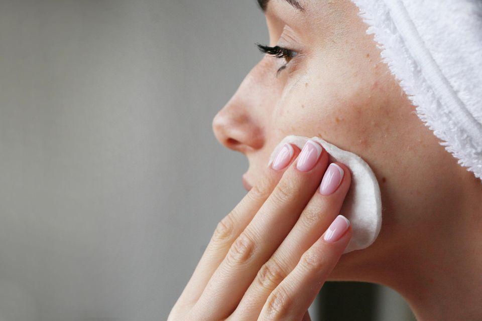 Unreine Haut, Unreinheiten, Pickel, Gesichtsreinigung