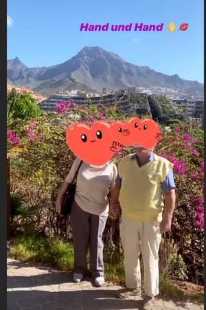 Evelyn Burdecki macht Urlaub mit ihren Eltern