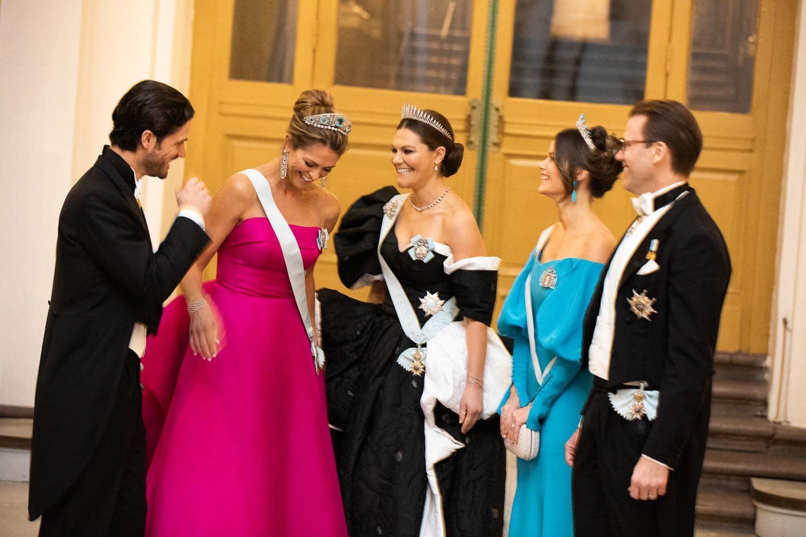 Schwedens Royals: Prinz Carl Philip, Prinzessin Madeleine, Kronprinzessin Victoria sowie Prinzessin Sofia und Prinz Daniel (v.l.)