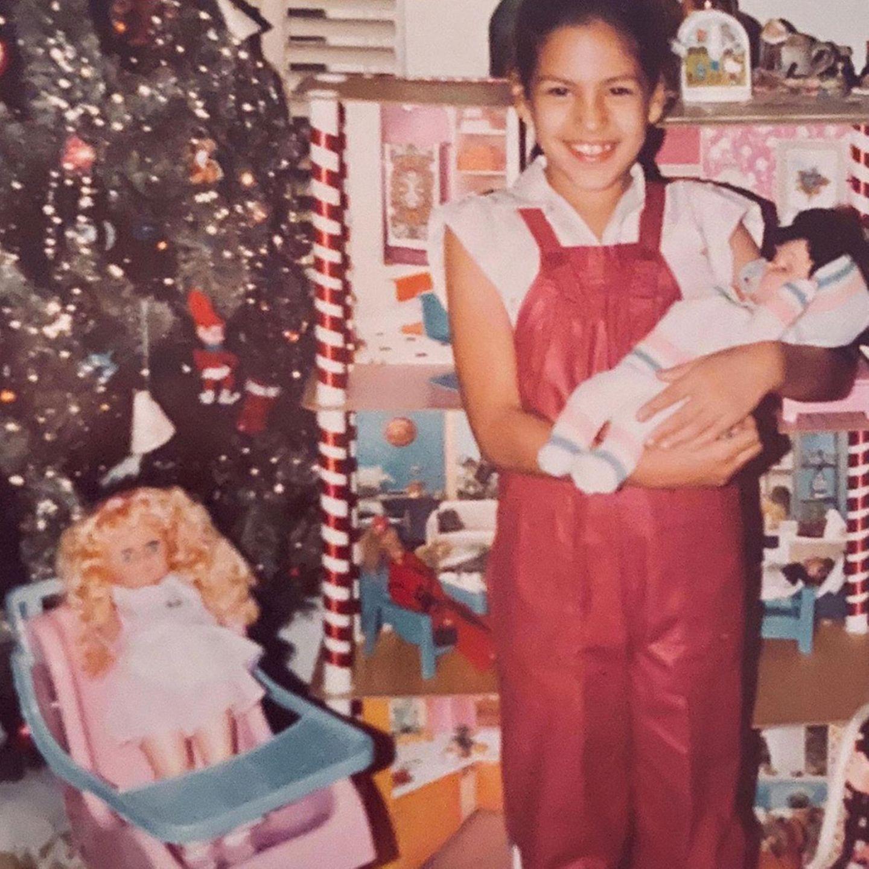 Eva Mendes  Als Puppenmama hat sich die schöne Schauspielerin damals schon gut gemacht.