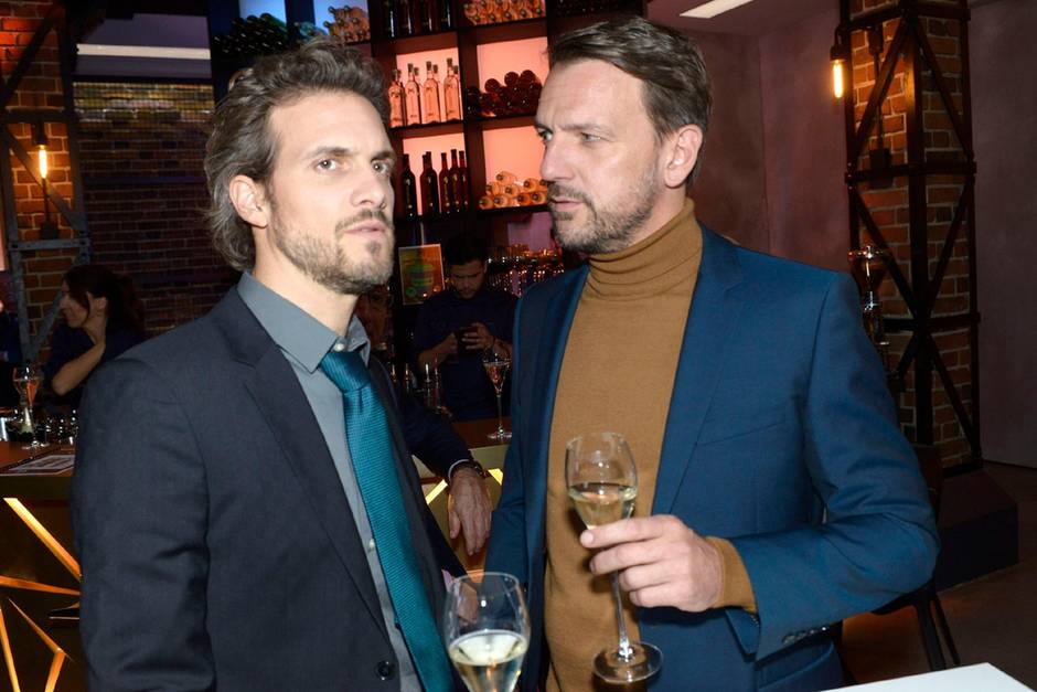 GZSZ: Robert ahnt, dass Felix an seiner Tochter interessiert ist