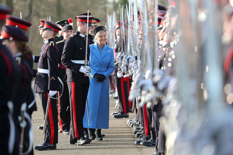 13. Dezember 2019  Stillgestanden! Anstelle der Queen besucht Gräfin dieSovereign's Parade anKöniglichen Militärakademie Sandhurst im englischen Camberley.