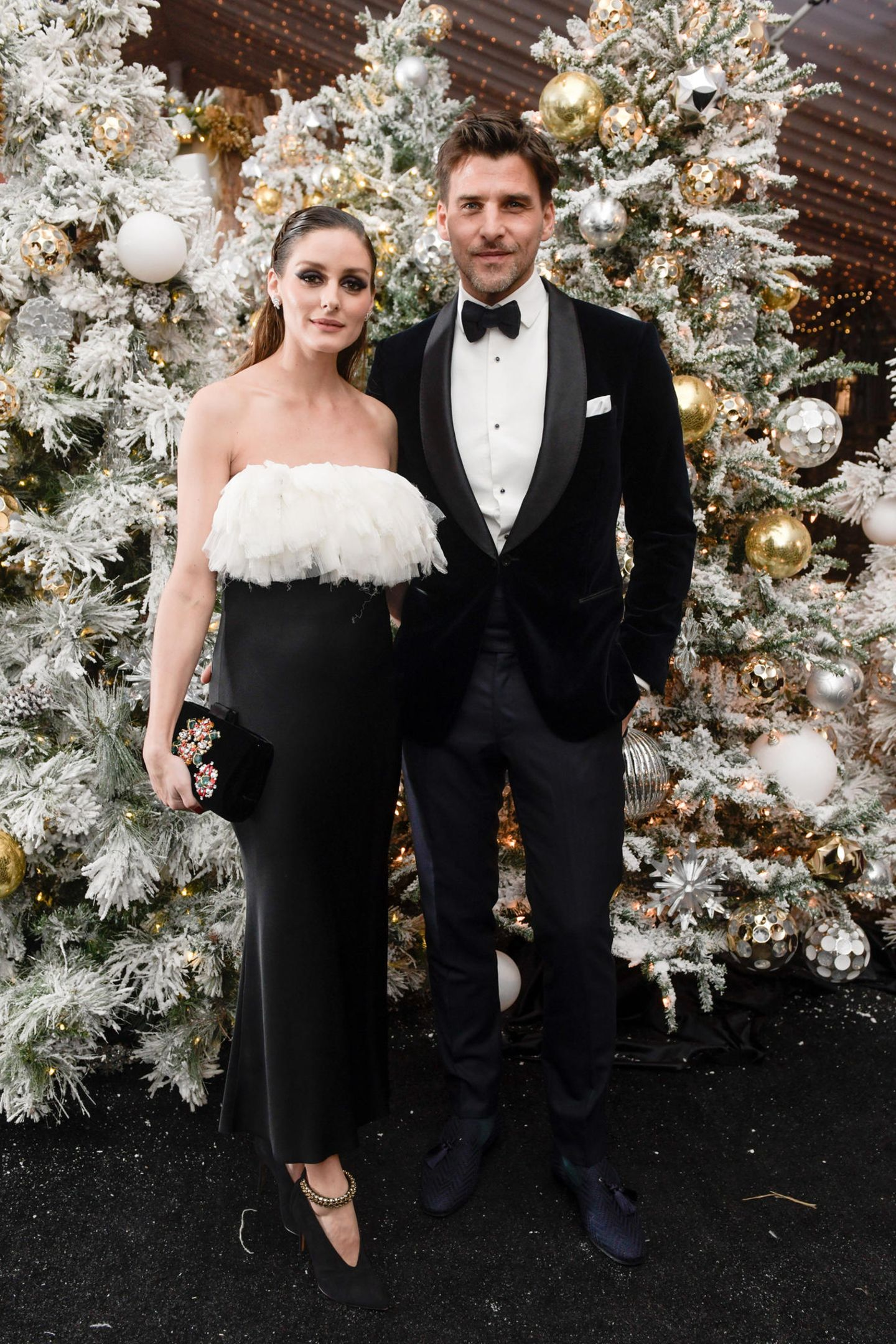 """Was für ein schöner Anblick: Olivia Palermo und Johannes Huebl besuchen den """"Winter Wonderland Ball"""" im Botanischen Garten in New York."""