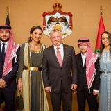 25. Mai 2019  Mit fröhlichen Gesichtern feiert die jordanische Königsfamilie den 73. Unabhängigkeitstagin der Hauptstadt Amman. Nur Prinzessin Iman fehlt leider.