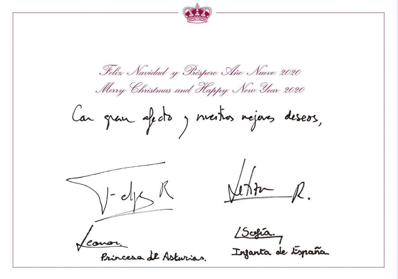 13. Dezember 2019  Auf der Rückseite haben König Felipe, Königin Letizia, Prinzessin Leonor und Prinzessin Sofia natürlich unterschrieben.