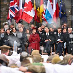 16. Dezember 2019  Königin Mathilde und König Philippe von Belgien nehmen in Gesellschaft von Großherzog Henri von Luxemburg und Bundespräsident Frank-Walter Steinmeier an der Gedenkfeier zum 75. Jahrestag der Ardennenoffensive am Mardasson Denkmal im belgischen Bastogne teil.