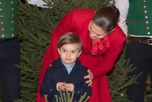 Prinz Oscar von Schweden mit Mama Victoria von Schweden