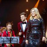 18. Dezember 2019  Ho-ho-wow!Bei der weihnachtlichen Musikgala in Zwolle hat sich Königin Máxima der Niederlande glitzernd in Schale geworfen.