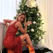 Céline Dion trägt feurige Stiefeletten