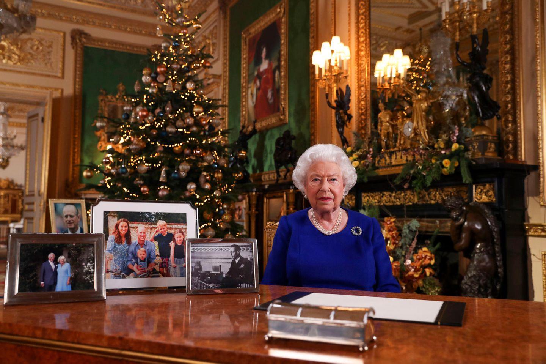 Queen Elizabeth bei ihrer Weihnachtsrede 2019 auf Schloss Windsor.