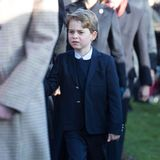 Prinz George hat nicht die beste Laune. Das ändert sich hoffentlich in der Kirche.