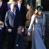 Und schon alles wieder vorbei. Prinz George und Prinzessin Charlotte können stolz auf sich sein und jetzt das Weihnachtsfest im Kreise ihrer Familie genießen.