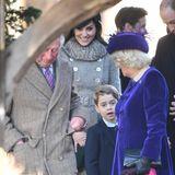 Ob Herzogin Camilla wohl wissen möchte, wie der Gottesdienst Prinz George gefallen hat?