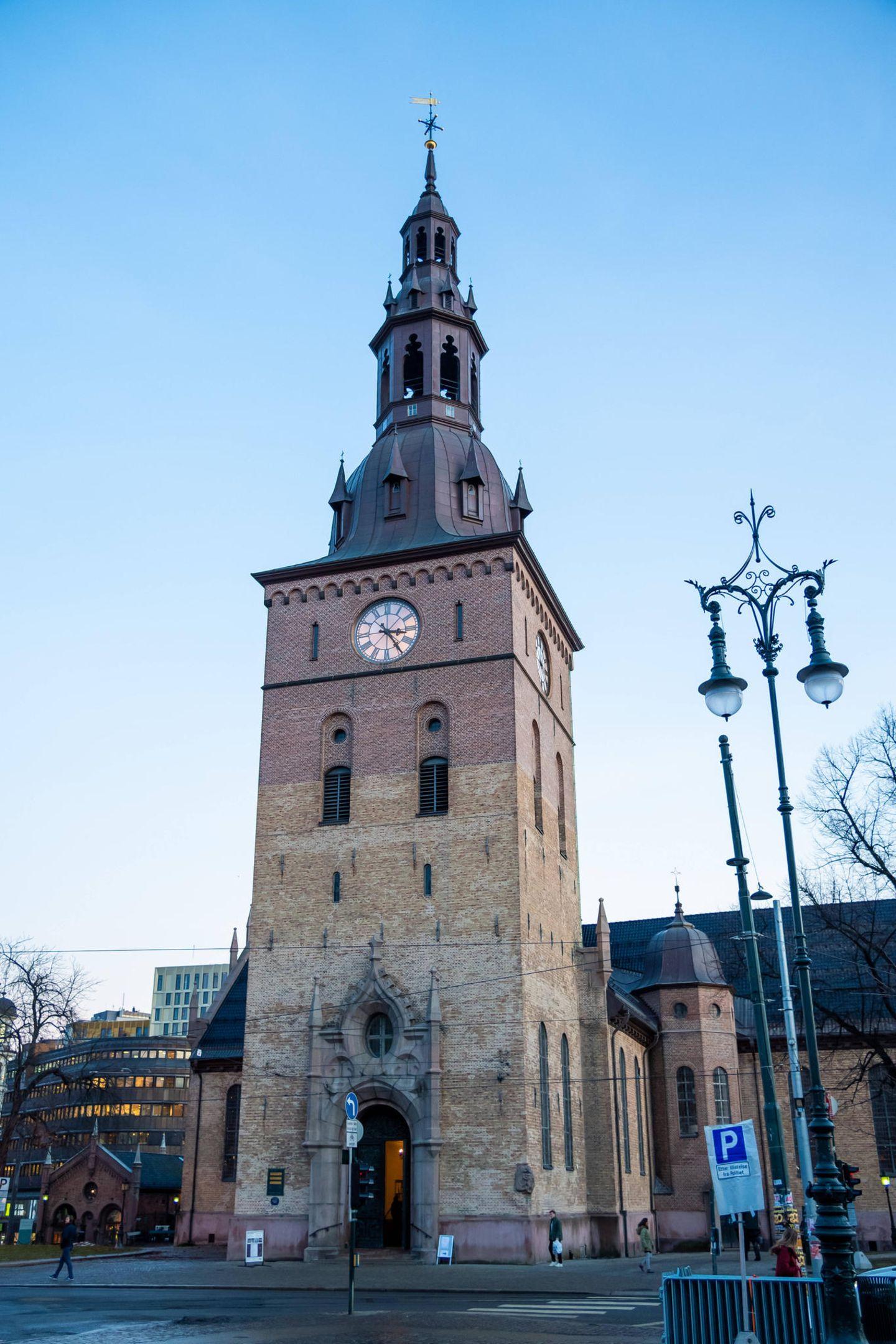 Norwegen trauert: In der Domkirche von Oslo wird der am 25. Dezember 2019 verstorbene Ari Behn am 3. Januar beigesetzt.