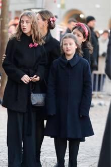 Prinzessin Märtha Louisemit ihren Töchtern Leah Isadora, Emma Tallulah und Maud Angelica.