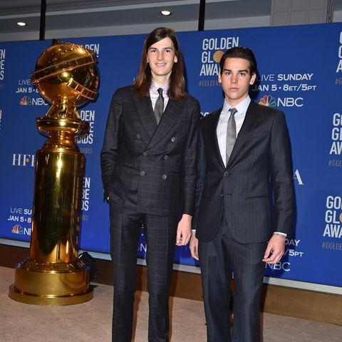Erstmals seit Jahren gibt es wieder männlichen Star-Nachwuchs, derbei den Golden Globe Awards assistieren wird, und diesmal sind es erstmalig sogar gleich zwei Mister Golden Globe:Dylan und Paris Brosnan, die Söhne des berühmten Bond-Darstellers.