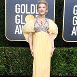 Cate Blanchett sticht in ihrer zitronengelben Robe mit Puschelärmeln aus der Menge heraus. Das Kleid ist von Mary Katrantzou.