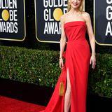 Wie immer bezaubernd: Nicole Kidman weiß einfach, welches das richtige Golden-Globe-Outfit ist. Das rote Bustierkleid mit Beinschlitz stammt von Atelier Versace.
