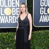 Elegant, aber unauffällig präsentiert sich Michelle Pfeiffer.