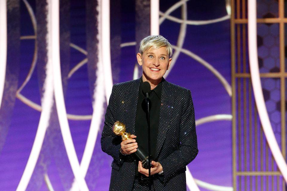 Ellen De Generesfreut sich über ihren Golden Globe.