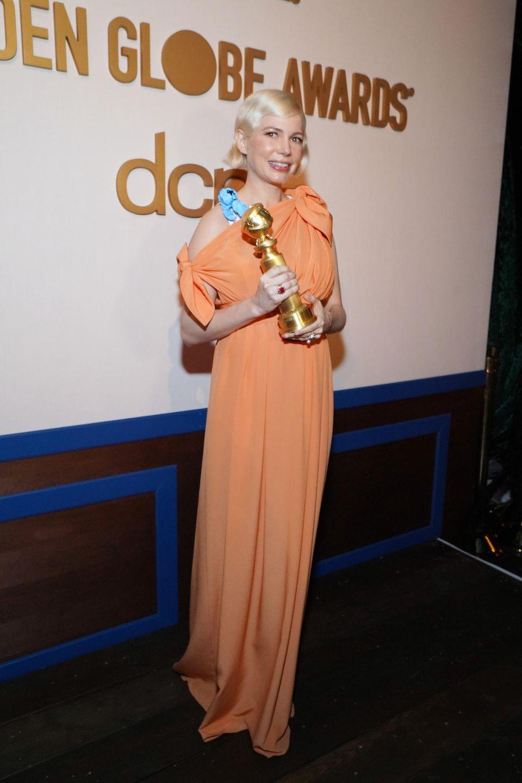 """Michelle Williams wird alsBeste Hauptdarstellerin (Miniserie/Fernsehfilm) für ihre Performance in """"Fosse/Verdon"""" ausgezeichnet."""