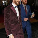 Chris Evans und sein Bruder Scott bringen mit ihren Tuxedos etwas Farbe zum Cocktail-Empfang der Golden Globes.