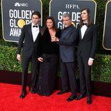 Hier kommt nicht nur Pierce Brosnans Frau Keely Shay Smith mit auf den roten Teppich, sondern auch die Söhne Paris und Dylan.