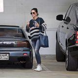 Sandra Bullock Jeans und Pullover