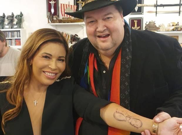 Patricia Blanco hat endlich ihre große Liebe gefunden und präsentiert nun stolz ihr neues Liebes-Tattoo auf Instagram.Als Zeichen ihrer Verbundenheit mit Freund Andreas verziert ein Herz mit dem Unendlichkeitssymbol und ihrer beiden Namen fortan ihren Unterarm.