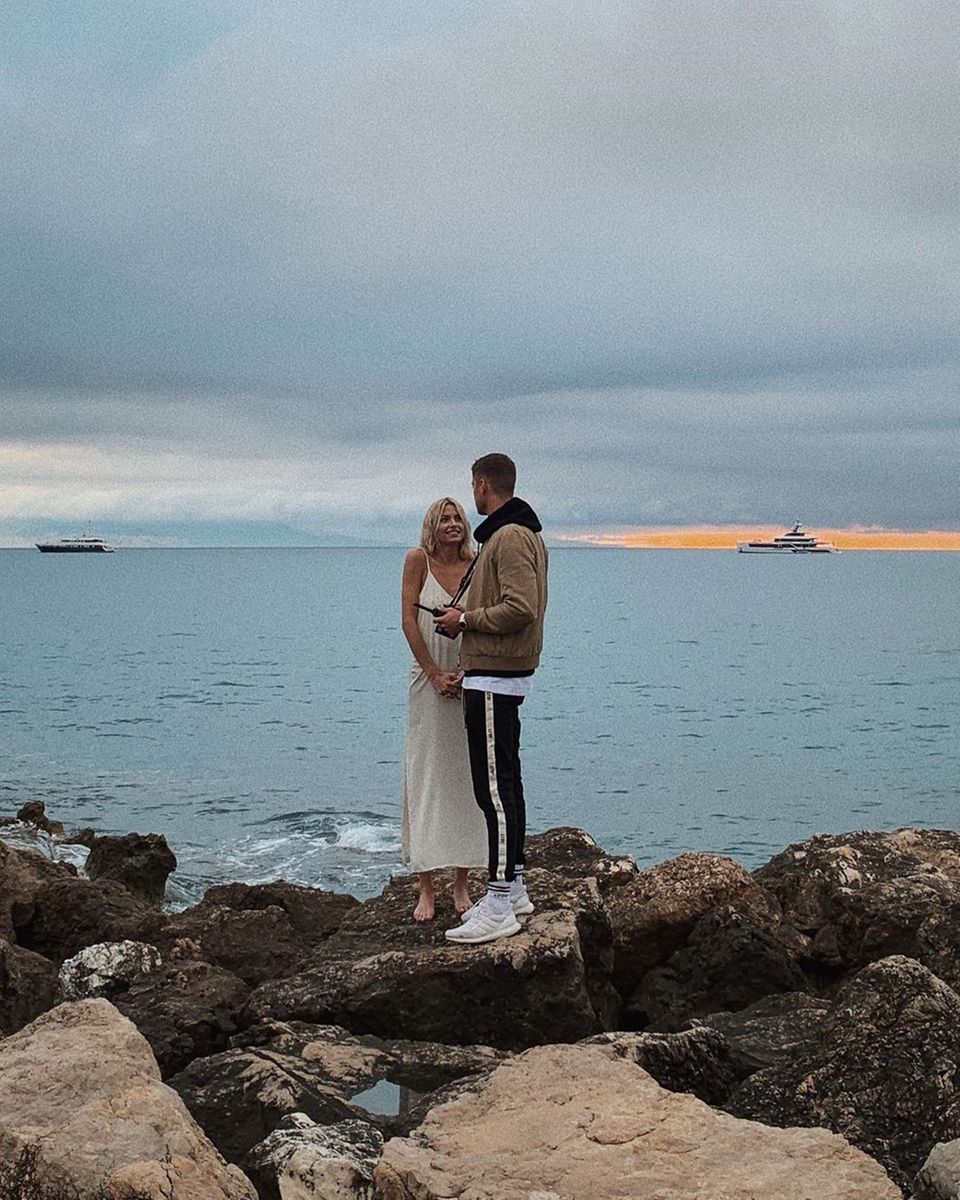 """3. Juni 2019  """"Work-Life-Balance"""" betitelt Dustin Schöne dieses stimmungsvolle Foto auf Instagram. Mit Lena an seiner Seite scheint dies mehr als zu gelingen."""