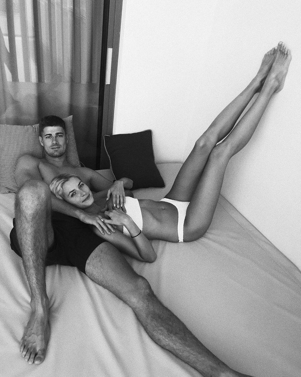 5. September 2019  Glücklich und entspannt wirken Lena Gercke und Dustin Schöne als Paar.