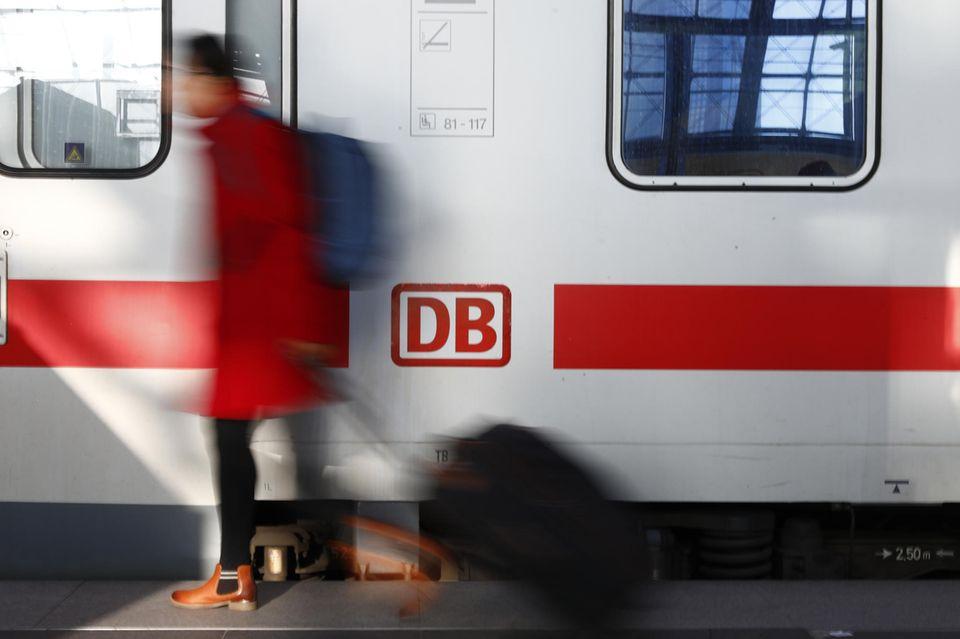 Bahnfahren soll günstiger werden