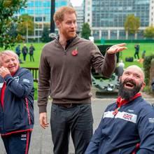 """Prinz Harry mit einer UK-Teamauswahl für die """"Invictus Games 2020"""" in De Haag"""