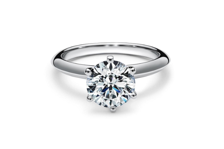 """Ein Ring für die Ewigkeit: 1886 erfand Charles Lewis Tiffany den """"Setting""""-Verlobungsring."""