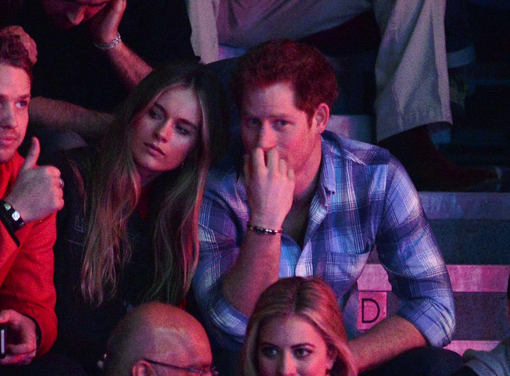 Zwei Jahre sind Cressida Bonas und Prinz Harryein Paar im On-/Off-Modus. 2014 trennen sie sich.