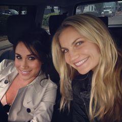 """Heather und Meghan scheinen trotz der Distanz - Heather lebt in Los Angeles, Meghan wohnte vor ihrem Umzug nach England fast sieben Jahre in Toronto - viel Zeit miteinander verbracht zu haben, es finden sich einige Selfies auf dem Instagram-Account von Meghans """"BFF""""."""