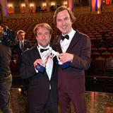 """Auch Bjarne Mädel und Lars Eidinger gehören zu den Gewinnern des Abends. Sie bekamenfür ihren Film """"25 km/h"""" beide den Porzellan-Pierrot als beste Hauptdarsteller verleihen."""