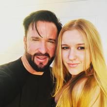 Michael Wendler postet das Foto gemeinsam mit seiner Tochter Adeline auf seinem Instagramaccount