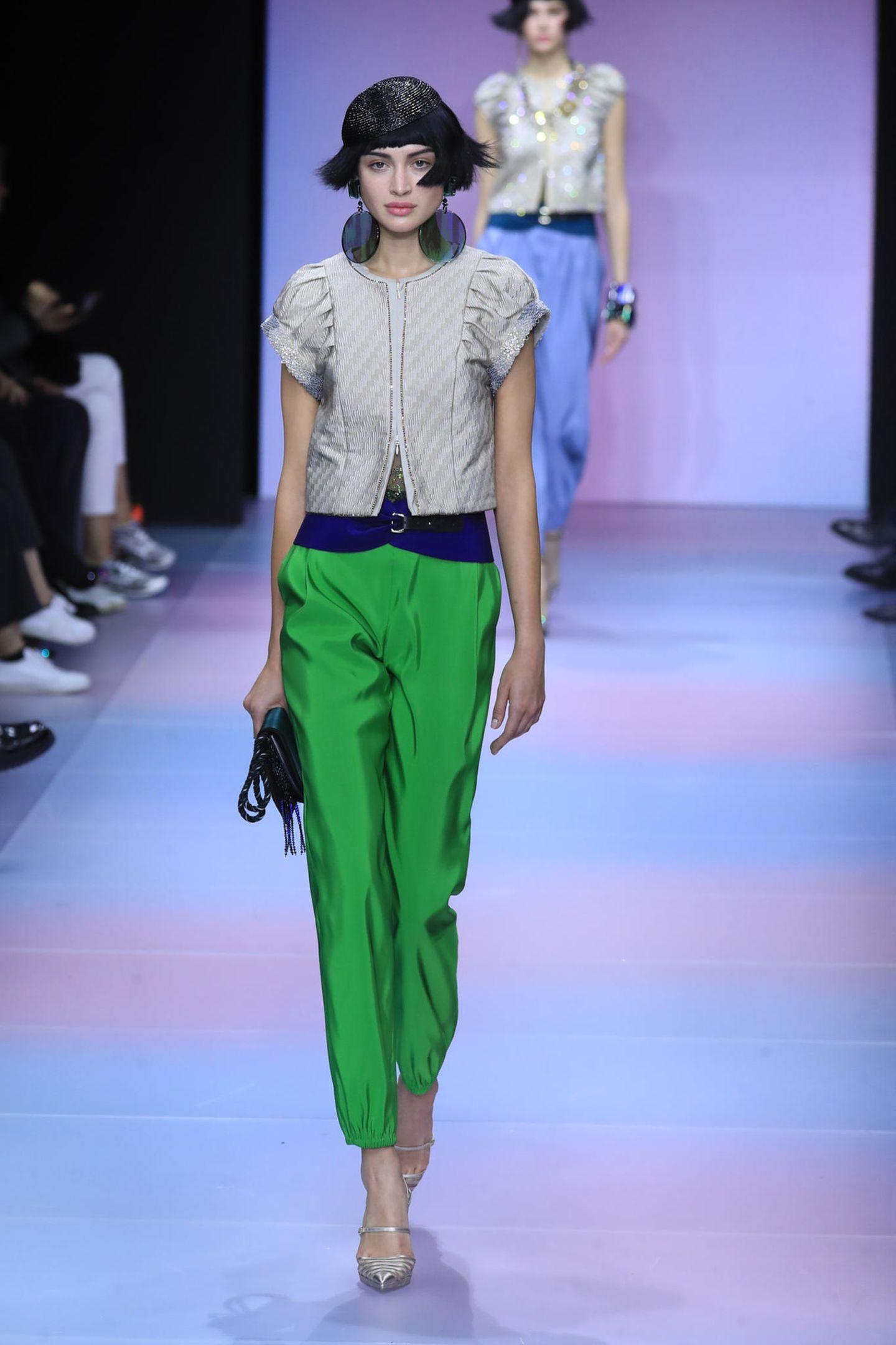 ... oder Grasgrün: Die Hose ist ein Statement in der kommenden Saison.