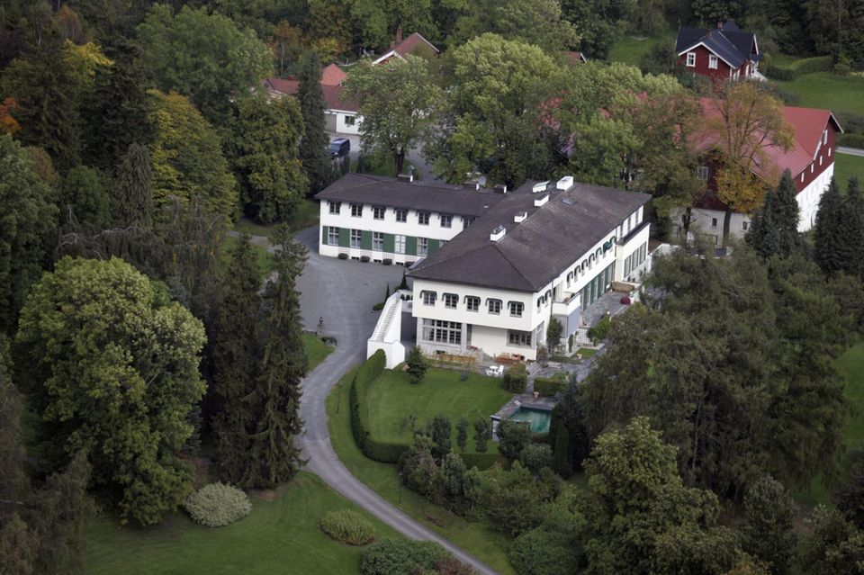 Eine Luftaufnahme von Gut Skaugum, in dem traditionell die Kronprinzenfamilie Norwegens wohnt.