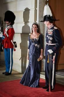 1. Januar 2020  Beim traditionellen Neujahrsempfang auf Schloss Amalienborg zeigen sich Prinzessin Marie und Prinz Joachim in voller royaler Pracht und Uniform.