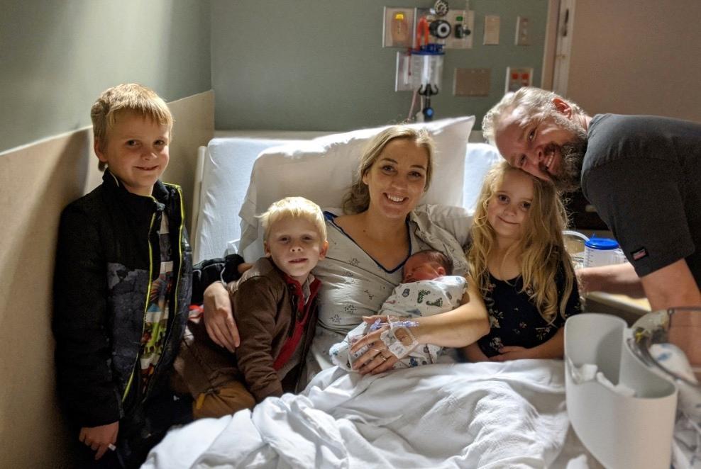 Kurz nach der Geburt von Teddy ist Kathleens Welt noch in Ordnung