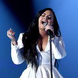 Starke Emotionen zeigt Demi Lovato bei ihrer Performance.